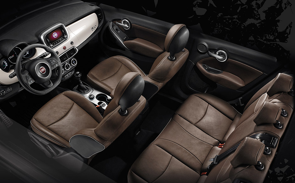 Suv int rieur confortable fiat 500x city look for Interieur fiat 500x