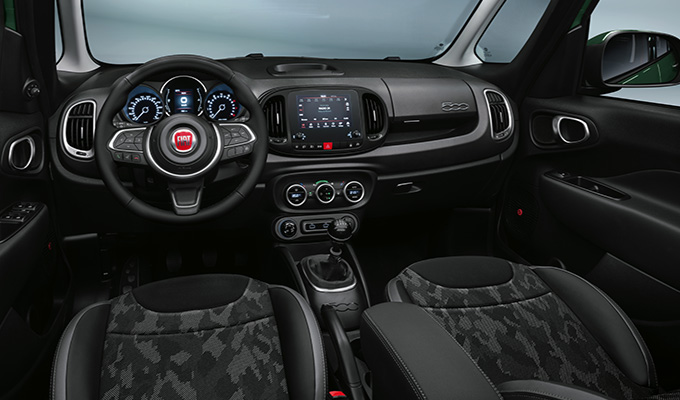 Camouflage zetels en Cold Grey dashboard